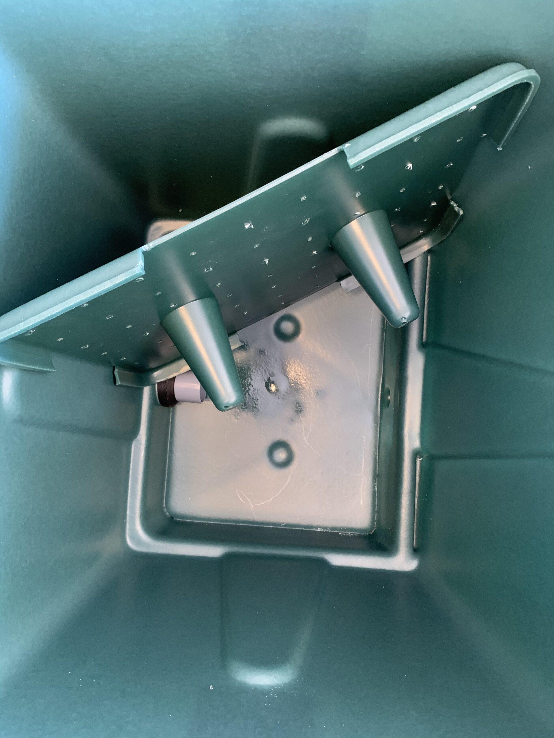 Aquatron Wagon 330